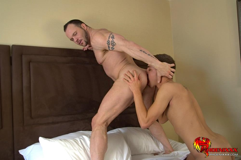 Im Your Boy Toy Phoenixx Jordan Thomas And Drew Sumrok Twink Fucking A Muscle Daddy Amateur Gay Porn 08 Muscle Daddy Drew Getting Fucked By A Big Cock Twink