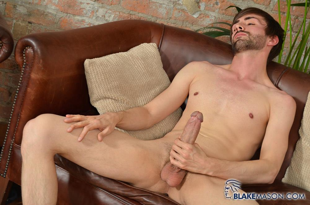 Blake-Mason-Ryan-Mason-British-Guy-Stroking-His-Huge-Uncut-Cock-Cum-Amateur-Gay-Porn-07 Ryan Mason Stroking A Load Out Of His Big Uncut Cock