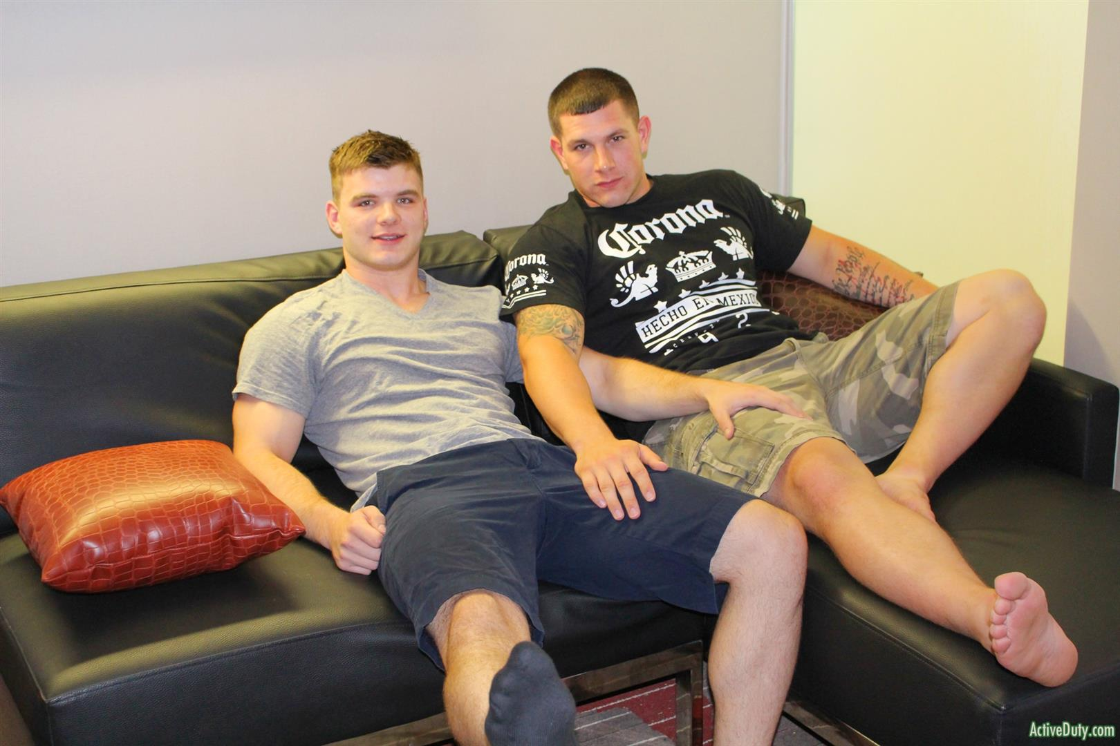 Active Duty Jeremy Diesell and Ivan Muscular Army Guys Barebacking Amateur Gay Porn 03 Straight Muscular Army Buddies Sharing A First Time Bareback Fuck