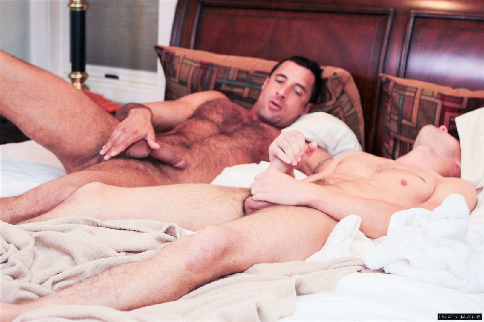 Icon-Male-Nick-Capra-and-Hunter-Hairy-Muscle-Daddy-Fucking-A-Twink-Page-Big-Uncut-Cock-Amateur-Gay-Porn-01.jpg