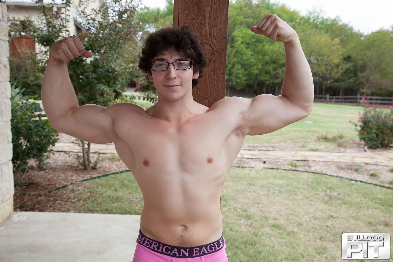 Bulldog-Pit-Clark-Naked-College-Muscle-Guy-Jerk-Off-05 Naked Jewish Muscular College Boy Caught Jerking Off Outside!